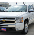 chevrolet silverado 1500 2011 white pickup truck lt flex fuel 8 cylinders 2 wheel drive automatic 77090