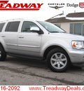 chrysler aspen 2007 silver suv 4x4 limited gasoline 8 cylinders 4 wheel drive automatic 45840