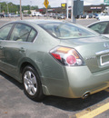 nissan altima 2008 green sedan gasoline 4 cylinders front wheel drive automatic 13212