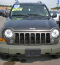 jeep liberty 2006 green suv sport gasoline 6 cylinders 4 wheel drive automatic with overdrive 13502