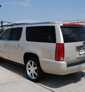 cadillac escalade 2009 gold suv 8 cylinders all whee drive automatic 76087