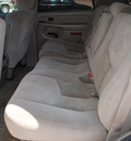 chevrolet tahoe 2005 black suv gasoline 8 cylinders 4 wheel drive automatic 76087