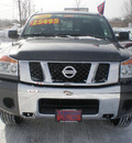 nissan titan 2010 gray gasoline 8 cylinders 4 wheel drive automatic 13502