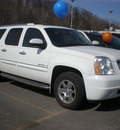 gmc yukon xl 2007 white suv denali gasoline 8 cylinders all whee drive automatic 13502