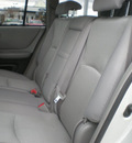 toyota highlander 2006 silver suv gasoline 6 cylinders all whee drive automatic with overdrive 13502