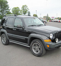 jeep liberty 2006 black suv renegade gasoline 6 cylinders 4 wheel drive automatic with overdrive 13502