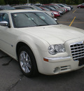 chrysler 300c 2007 white sedan gasoline 8 cylinders all whee drive automatic 13502