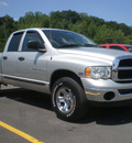 dodge ram 1500 2004 silver gasoline 8 cylinders 4 wheel drive automatic 13502