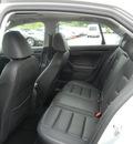 volkswagen jetta 2010 silver sedan se gasoline 5 cylinders front wheel drive automatic 55391