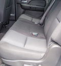 chevrolet suburban 2010 white suv ls 1500 flex fuel 8 cylinders 2 wheel drive automatic 34474