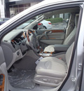 buick enclave 2011 silver cxl 1 gasoline 6 cylinders front wheel drive automatic 28557