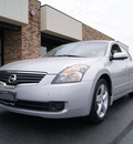 nissan altima 2007 silver sedan gasoline 6 cylinders front wheel drive automatic 60098