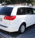 toyota sienna 2010 white van le 7 passenger gasoline 6 cylinders front wheel drive automatic 34474