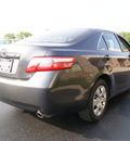 toyota camry 2008 gray sedan gasoline 6 cylinders front wheel drive automatic 60098