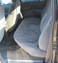chevrolet s 10 2002 black suv ls zr5 gasoline 6 cylinders 4 wheel drive automatic 45840
