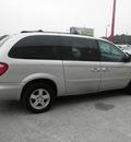 dodge grand caravan 2005 silver van sxt gasoline 6 cylinders front wheel drive automatic 34731