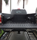 toyota tacoma 2005 silver prerunner v6 gasoline 6 cylinders rear wheel drive automatic 33157