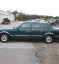 lincoln town car 1997 green sedan signature gasoline v8 rear wheel drive automatic 62863