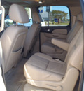 gmc yukon xl 2008 white suv denali gasoline 8 cylinders all whee drive automatic with overdrive 28557
