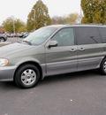 kia sedona 2003 beige van ex gasoline 6 cylinders dohc front wheel drive automatic 55124