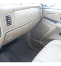 chevrolet silverado 2500hd 2004 white ls diesel 8 cylinders rear wheel drive automatic 77388
