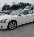 nissan maxima 2012 white sedan 3 5 sv gasoline 6 cylinders front wheel drive automatic 33884