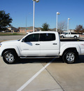 toyota tacoma 2011 white prerunner v6 gasoline 6 cylinders 2 wheel drive automatic 76108