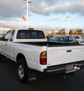toyota tacoma 2000 white sr5 gasoline 6 cylinders 4 wheel drive 5 speed manual 27215