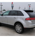 lincoln mkx 2010 silver suv gasoline 6 cylinders front wheel drive automatic with overdrive 77090