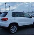 volkswagen tiguan 2012 white suv se 4motion gasoline 4 cylinders all whee drive automatic 99336