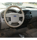 ford f 150 2005 beige xlt gasoline 8 cylinders rear wheel drive automatic 77037