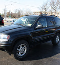 jeep grand cherokee 2004 black suv special edition gasoline 6 cylinders 4 wheel drive automatic with overdrive 07730