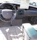 lincoln town car 2006 lt  blue sedan signature flex fuel 8 cylinders rear wheel drive automatic 32401
