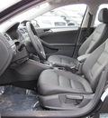 volkswagen jetta 2012 black sedan tdi diesel 4 cylinders front wheel drive 6 speed automatic 46410