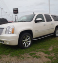 gmc yukon xl 2012 white suv denali flex fuel 8 cylinders all whee drive automatic with overdrive 28557