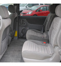 toyota sienna 2008 silver van le 7 passenger gasoline 6 cylinders front wheel drive automatic 77065