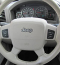 jeep grand cherokee 2006 tan suv limited gasoline 8 cylinders rear wheel drive automatic 33884