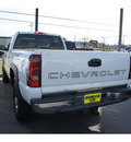 chevrolet silverado 2500hd 2006 white pickup truck ls gasoline 8 cylinders rear wheel drive automatic 07724