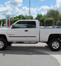 dodge ram 2500 2001 white slt gasoline 8 cylinders 4 wheel drive automatic 33884