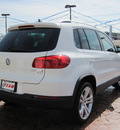 volkswagen tiguan 2012 white suv sel 4motion gasoline 4 cylinders all whee drive 6 speed automatic 46410