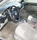 volkswagen jetta 2004 reflex silver sedan gls 1 8t gasoline 4 cylinders front wheel drive automatic 80905
