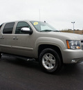 chevrolet avalanche 2007 gold suv ls 1500 flex fuel 8 cylinders 4 wheel drive automatic 60411