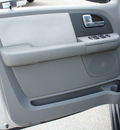 ford expedition 2006 lt  gray suv harley davidson gasoline 8 cylinders rear wheel drive automatic 77388
