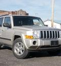 jeep commander 2007 gray suv sport flex fuel 8 cylinders 4 wheel drive shiftable automatic 61832