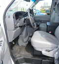 ford e 250 2006 white van 8 cylinders rear wheel drive automatic 14224