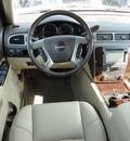 gmc yukon 2012 white suv denali flex fuel 8 cylinders all whee drive automatic 45036