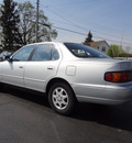 toyota camry 1992 silver sedan le gasoline 4 cylinders front wheel drive automatic 45324