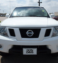 nissan frontier 2010 white pro 4x gasoline 6 cylinders 4 wheel drive automatic with overdrive 76018