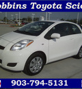 toyota yaris 2010 white gasoline 4 cylinders front wheel drive automatic 75503