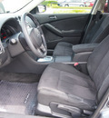 nissan altima 2011 gray sedan 2 5 s gasoline 4 cylinders front wheel drive automatic 76018